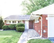 1 Greenbrier, Bowling Green image