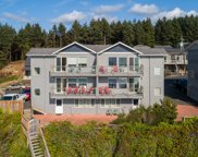 2209 Coast Ave Sw, Lincoln City image