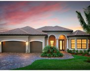 13816 Swiftwater Way, Lakewood Ranch image