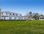 11 Beaux Arts Ln, Huntington Bay image