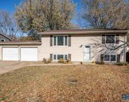 5704 W 49th St, Sioux Falls image