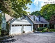 387 Tarry Acres  Circle, Blowing Rock image