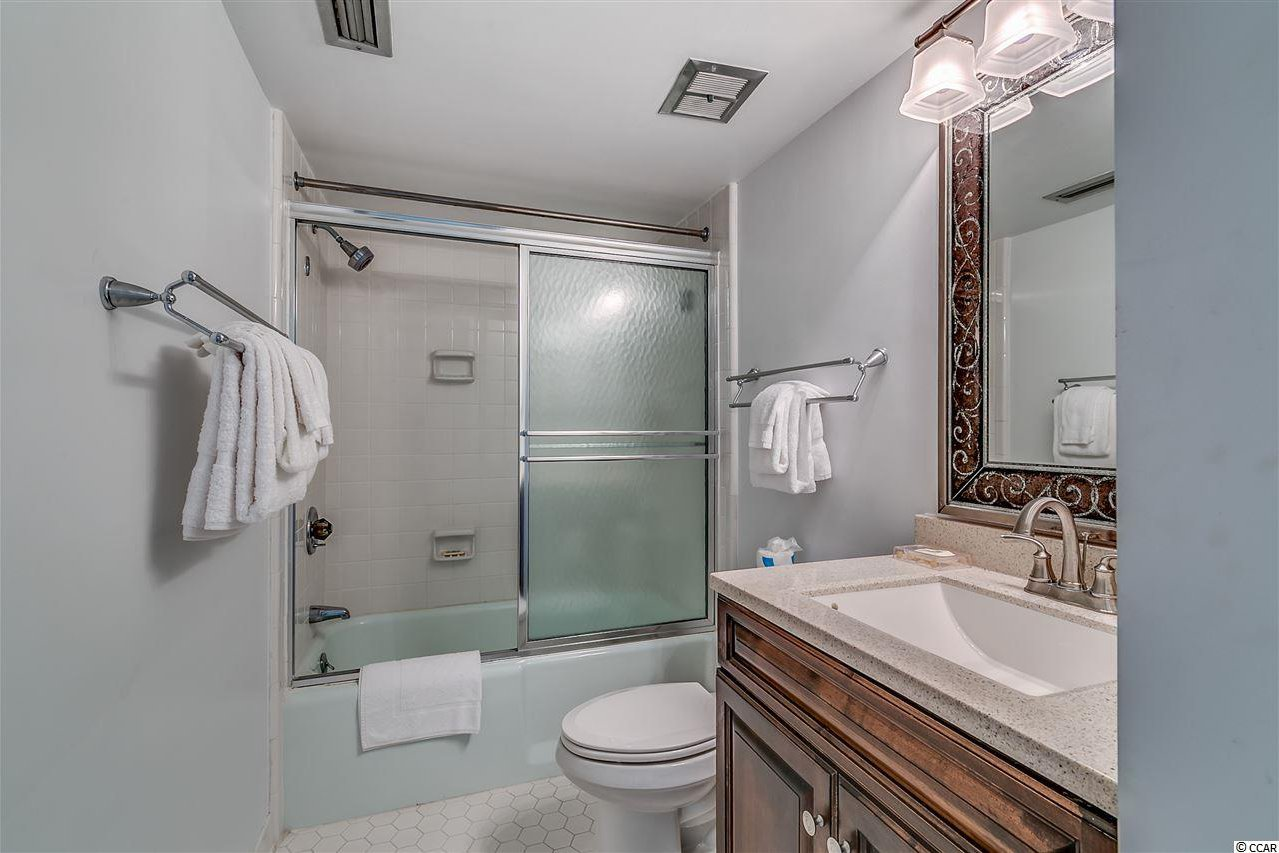 bathroom and tile mls 1722515 10200 club dr unit ph myrtle 10200