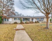 4625 Hildring Drive E, Fort Worth image
