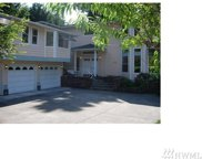 4626 NE 174th Place, Lake Forest Park image