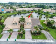 5134 W Madison Lakes Cir W, Davie image