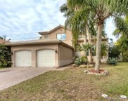 315 W Cypress Cove Cir, Davie image