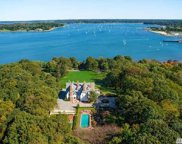1026 West Shore Rd, Oyster Bay image