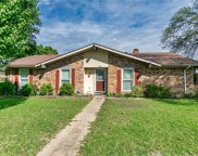 725 Woodcastle Drive, Garland image