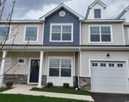 140 Avery N Drive, Center Moriches image