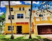601 NE 11th Ave, Fort Lauderdale image