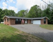2394 Kendall  Road, Kendall-343000 image
