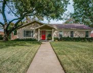 821 W Greenbriar Lane, Dallas image