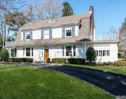 25  Central Drive, Manhasset image