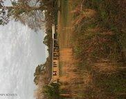 522 Village Road Ne, Leland image