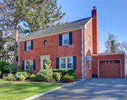 578 Lakeview Ave, Rockville Centre image