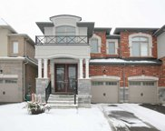 590 Sweetwater Cres, Newmarket image