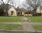 6417 Glenrose Court, Dallas image
