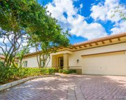 16125 Emerald Estates Dr, Weston image