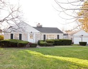835 Glenview Road, Glenview image