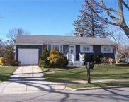 386 Grundy  Avenue, Holbrook image