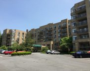 35 Chatsworth  Avenue Unit #2D, Larchmont image