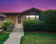5225 West Giddings Street, Chicago image