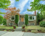 8020 Ravenna Ave NE, Seattle image