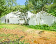 505 Thornmeadow Road, Riverwoods image