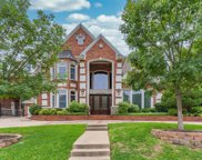 1524 Hunters Ridge Circle, Denton image