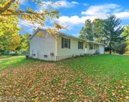 4522 Stow Rd, Fowlerville image