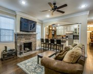4001 Roswell Street, Dallas image