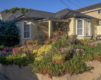 313 & 315 11th St, Pacific Grove