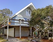 112 Se 74th Street, Oak Island image