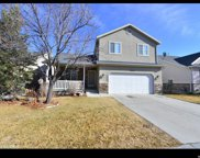 10749 S Pine Grove Way, South Jordan image