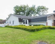 129 Golden Drive, Glendale Heights image