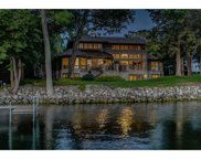 5230 Howards Point Road, Shorewood image