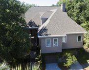 42 Fairway Oaks Lane, Isle Of Palms image