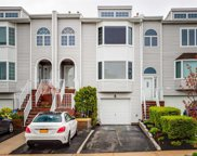 242-24 Oak Park Dr, Douglaston image