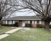 236 Hallbrook Drive, Fort Worth image