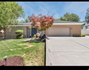 5455 S Woodcrest Dr E, Holladay image