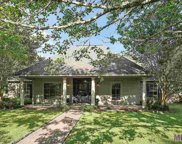 1206 Mills Pointe Dr, Zachary image