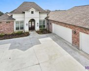 5430 Cypress Point Ln, Gonzales image