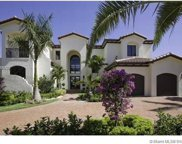 318 Holiday Dr, Hallandale image