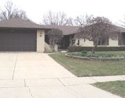 635 Stanford Circle, Elk Grove Village image
