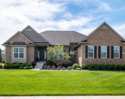 23685 STONELEIGH DR, South Lyon image