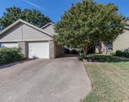 1420 Palmnold Circle E, Fort Worth image
