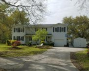 120 Lakeview Drive, Hampstead image