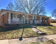 10588 Copperfield, St Louis image