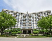 20 North Tower Road Unit 2H, Oak Brook image
